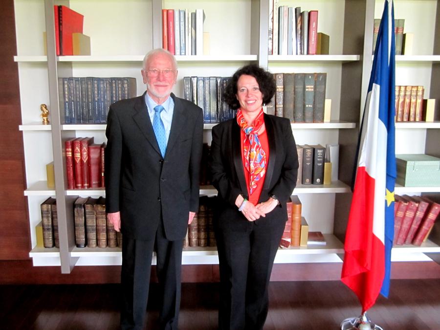 Jacques van Minden et l'ambassadeur de France en Chine, Sylvie Bermann
